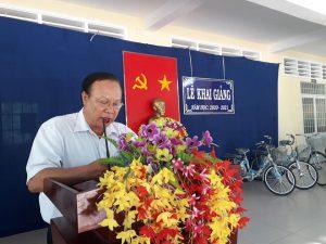 Thầy Nguyễn Văn Nỹ, HT đọc diễn văn khai giảng